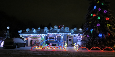 Full Display Cascade Christmas Lights