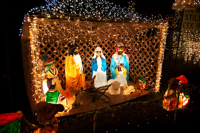Mary and Joesph and the seven wisemen