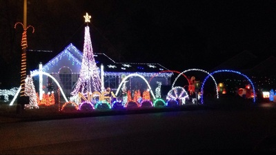 Stern Family Holiday Light Show