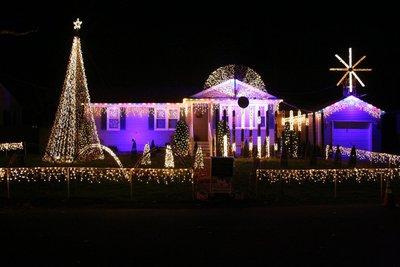 Picozzi Christmas Display