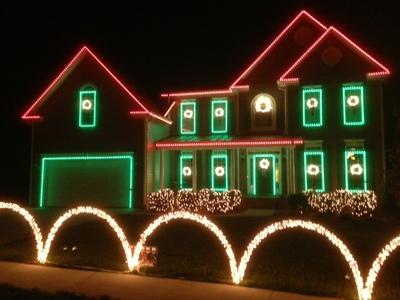 Garden Oak Holiday Lights