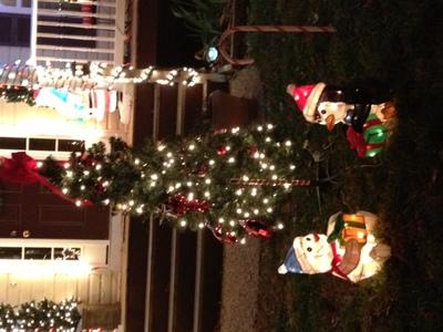 Christmas Tree with Figures