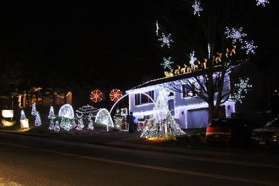 St Germain Christmas Light Show