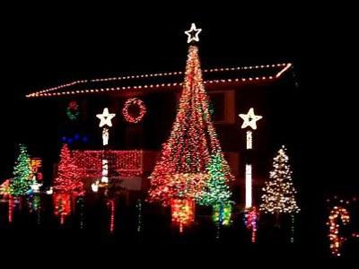 Colona Christmas House